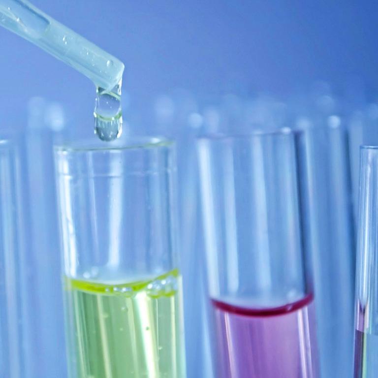 Precintia Laboratorios y Químico